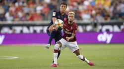 Benjamin Pavard und der FC Bayern haben gegen den AC Milan gewonnen