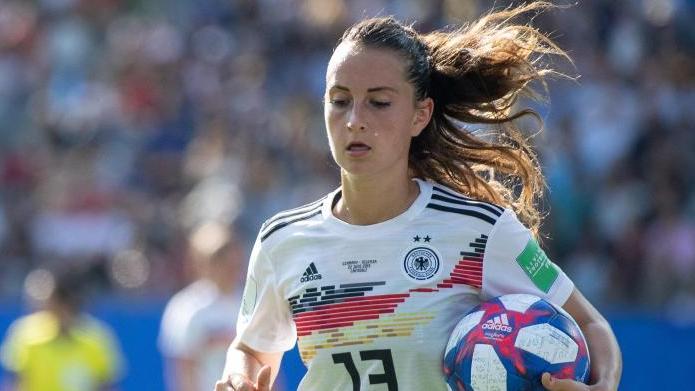 Sara Däbritz spielt jetzt für Paris Saint-Germain