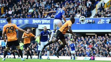 Richarlison brilló con un doblete contra el Wolverhampton.
