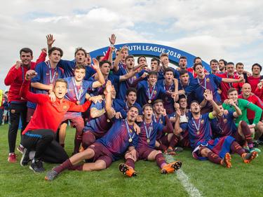 Los ganadores de la máxima competición europea para equipos Sub-19. (Foto: Getty)