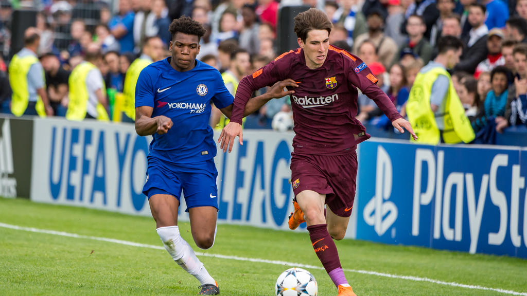 Juan Miranda (r.) wechselt wohl zum FC Schalke 04