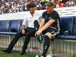 Sind beide zufrieden: Joachim Löw und Bastian Schweinsteiger