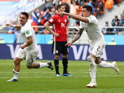 José Giménez feiert seinen Kopfballtreffer