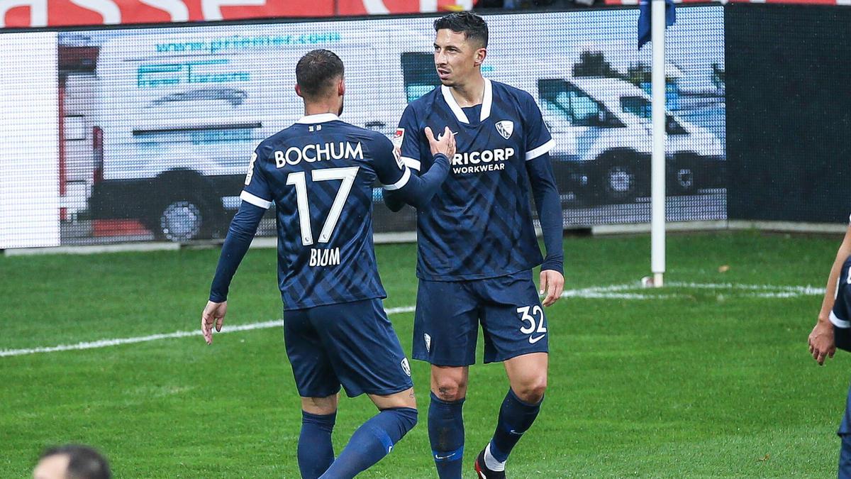 Danny Blum (l.) traf sehenswert zum 2:1 für den VfL
