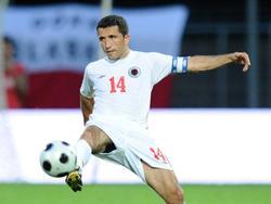 Albaniens ehemaliger Co-Trainer Altin Lala freut sich über den kleinen Erfolg seines Landes bei der EM