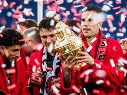 Robin van Persie (re.) schoss das 2:0 im Finale gegen Alkmaar