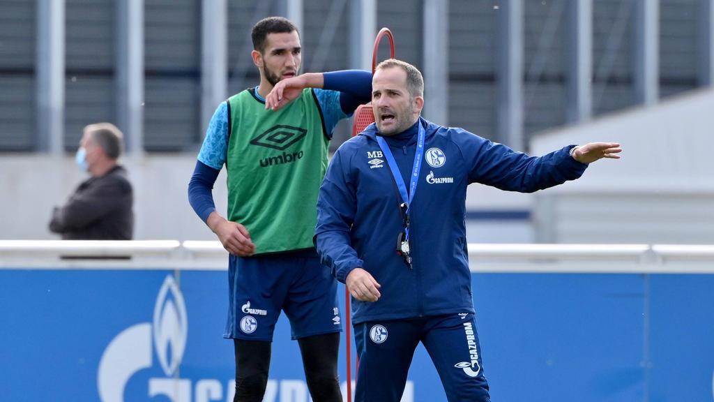 Nabil Bentaleb (l.) soll Topverdiener des FC Schalke 04 sein