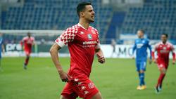 Robert Glatzel unterschreibt beim Hamburger SV