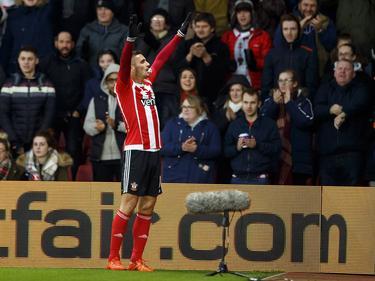 Dušan Tadić viert zijn treffer tijdens het competitieduel Southampton - West Bromwich Albion. (16-01-2016)