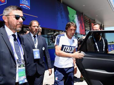 Die italienische Staatsanwaltschaft lässt bei Antonio Conte (2.v.r.) nicht locker