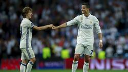Modric y Cristiano celebran un tanto en 2017. (Foto: Getty)