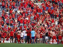 Osasuna celebró con sus aficionados la permanencia en Segunda División. (Foto: Imago)