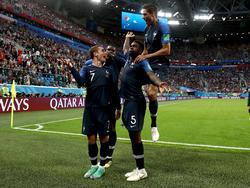 Umtiti celebró por todo lo alto su tanto ante Bélgica. (Foto: Getty)