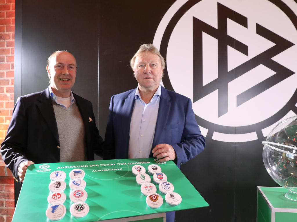 Horst Hrubesch hat das Achtelfinale des DFB-Juniorenpokals ausgelost
