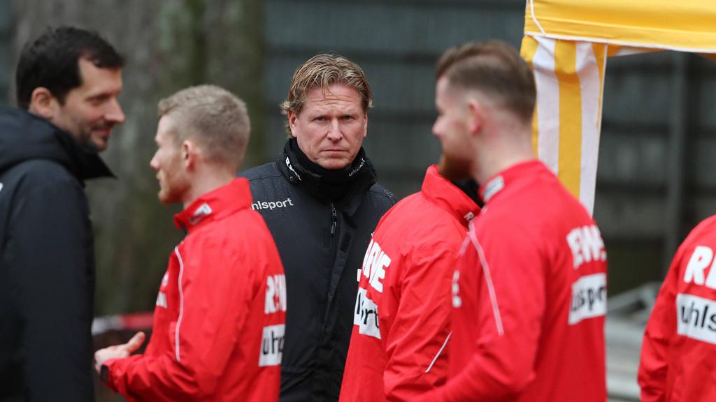 Markus Gisdol (M.) hat aus seiner Zeit beim HSV gelernt