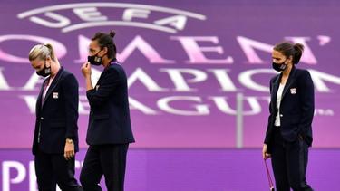 Grünes Licht für Dzsenifer Marozsan (r.) und Co. in der Champions League