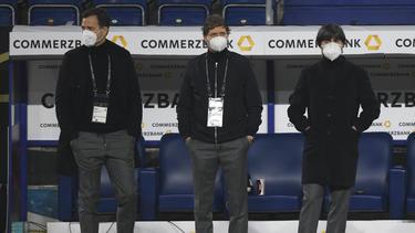 Oliver Bierhoff (l.) freut sich über die Spiele in München