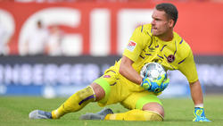 Der Nürnberger Torwart Christian Mathenia wird gegen den Karlsruher SC im Tor stehen