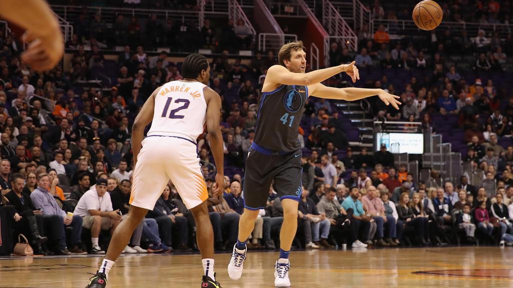 Dirk Nowitzki hat in der Nacht zu Freitag NBA-Geschichte geschrieben