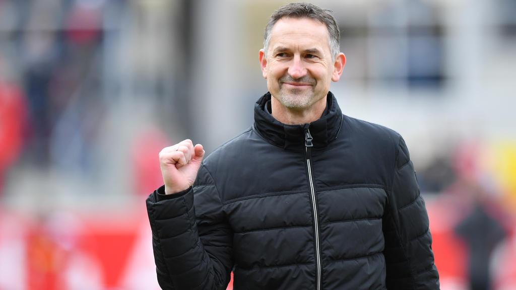 Achim Beierlorzer steht auf der Kandidatenliste des 1. FC Köln