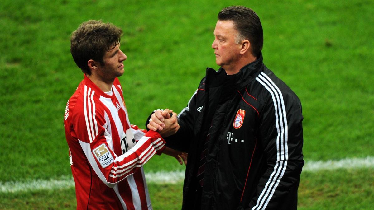 Einst Weggefährten beim FC Bayern: Thomas Müller und Louis van Gaal