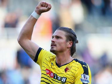 Sebastian Prödl jubelt über den Aufstieg mit Watford im FA-Cup