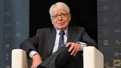 Reinhard Rauball zeigt klare Kante