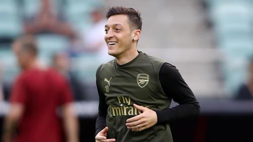 Mesut Özil überrascht mit neuer Haarpracht