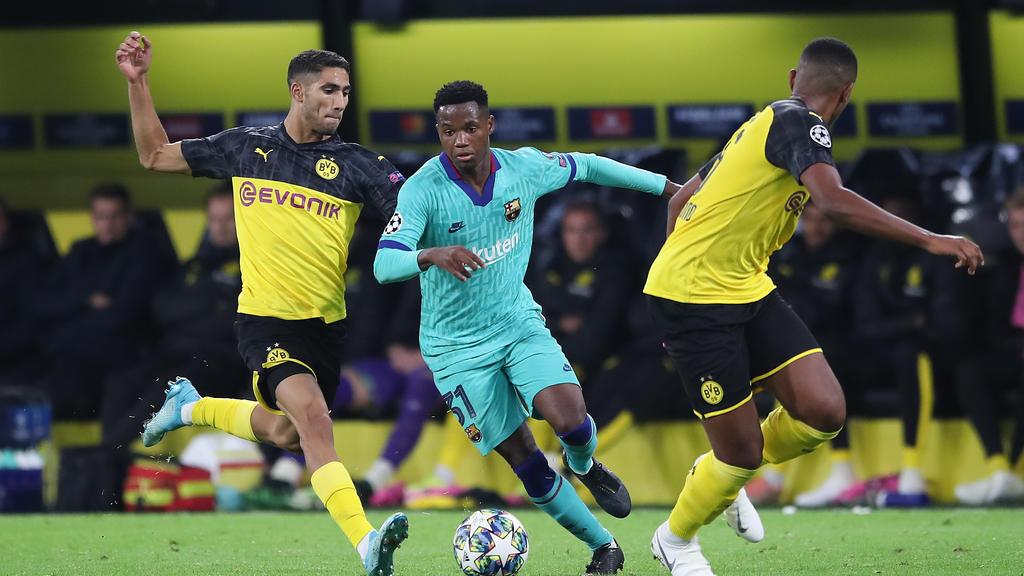 Anssumane Fati (M.) debütierte gegen den BVB in der Champions League