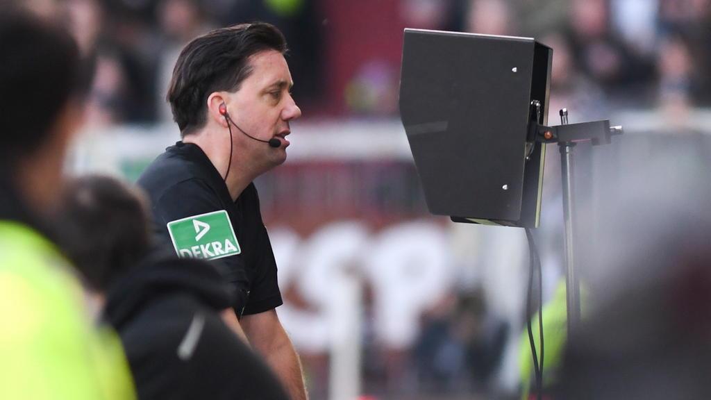 Der deutsche Schiedsrichter Manuel Gräfe