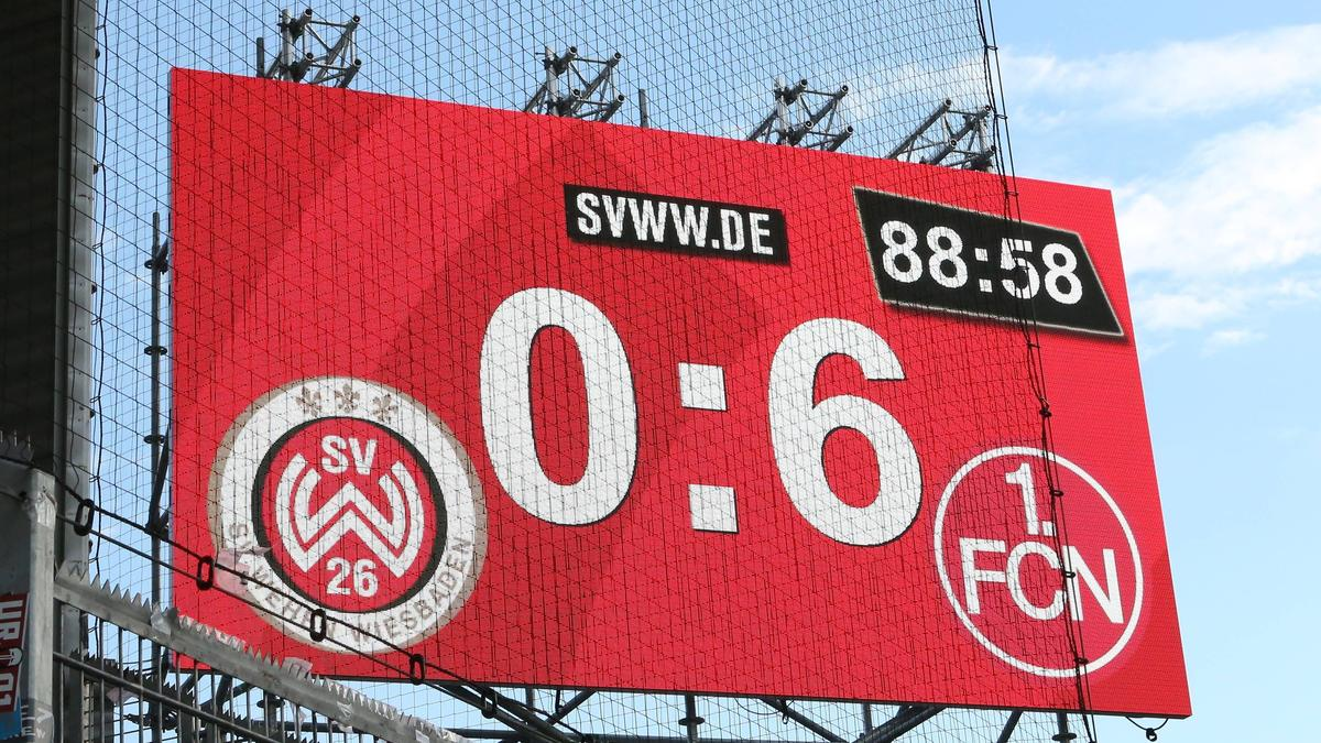 Der 1. FC Nürnberg feiert einen Kantersieg
