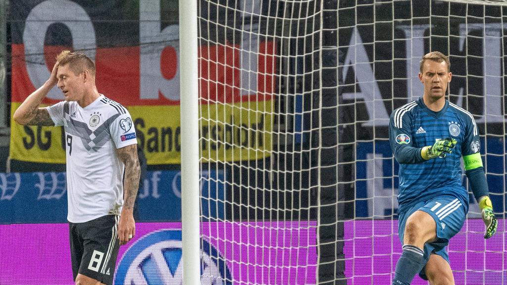 Manuel Neuer (r.) ist DFB-Kapitän, Toni Kroos wäre es angeblich gerne