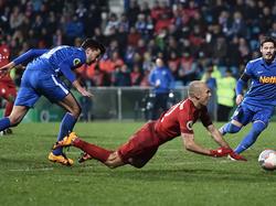 Jan Šimůnek sah nach seinem Elfmeterfoul an Robben die Rote Karte