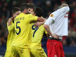 Victoria del Villarreal que tuvo que remontar el gol inicial del Red Bull Salzburgo. (Foto: Getty)