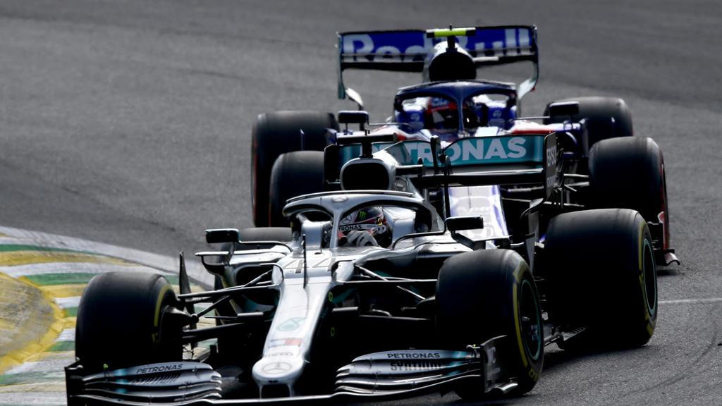 Das Duell Gasly gegen Hamilton war eine der Szenen des Rennens in Sao Paulo
