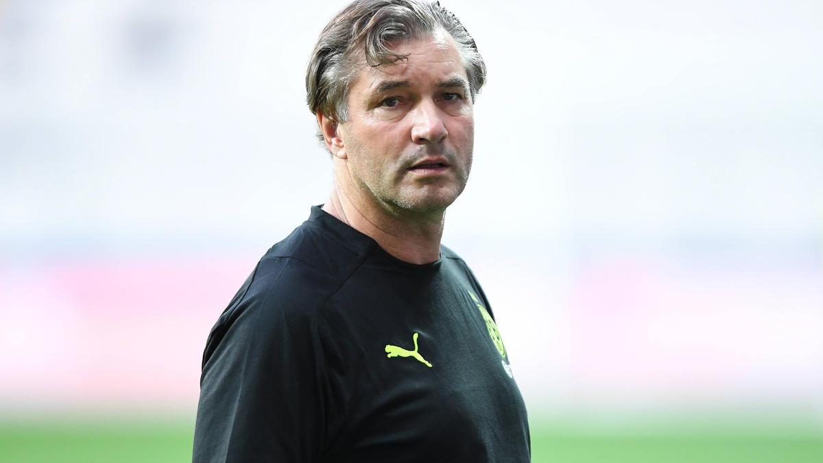 Spricht erneut über den Zoff mit dem FC Bayern: BVB-Sportdirektor Michael Zorc