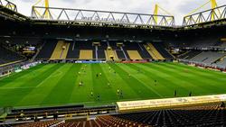 Das Revierderby zwischen dem BVB und dem FC Schalke wurde vor leeren Rängen ausgetragen