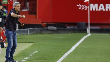 Setién sitzt in Barcelona fest im Sattel
