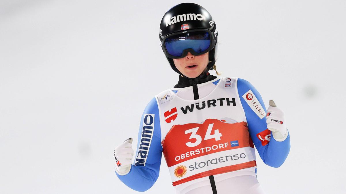 Maren Lundby legt eine Skisprungpause ein