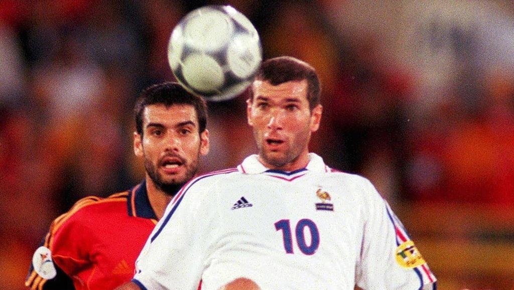 Pep Guardiola und Zinédine Zidane standen sich schon als Spieler gegenüber