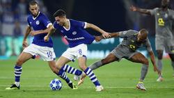 Drei Spieler des FC Schalke 04 offenbar beim FC Barcelona auf dem Zettel
