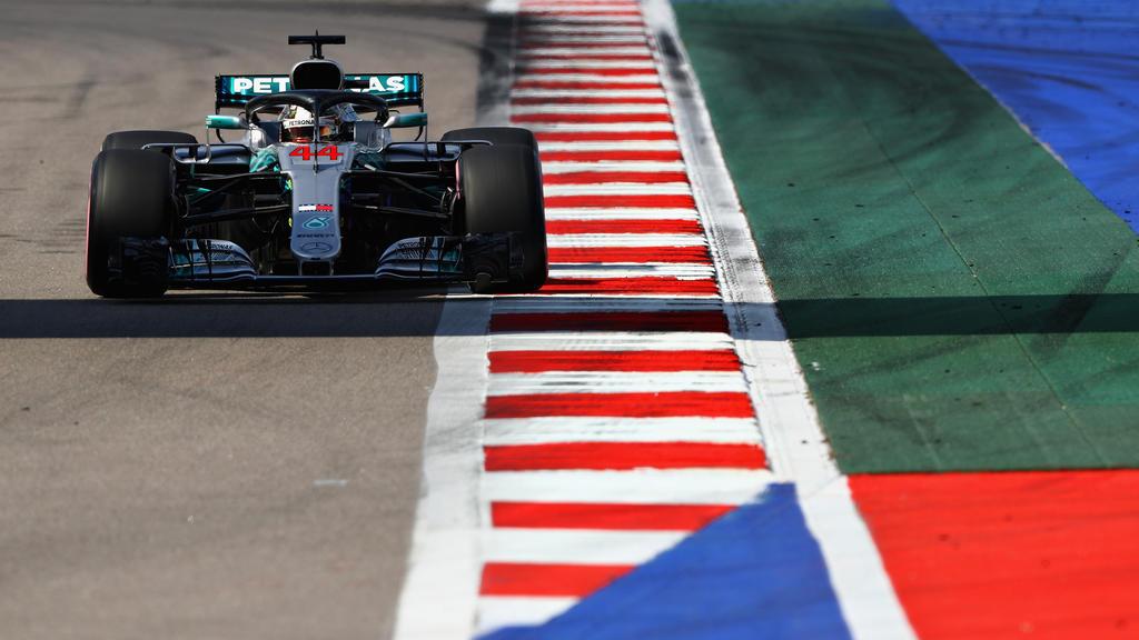 Lewis Hamilton hat die Konkurrenz düpiert