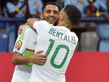 Mahrez marcó los dos goles de Argelia en el debut de la Copa de África. (Foto: Getty)