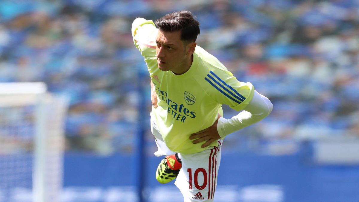 Mesut Özil steht noch beim FC Arsenal unter Vertrag