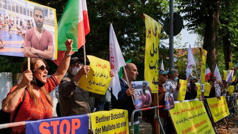 Auch eine Solidaritätswelle aus dem In- und Ausland hatte den Iran nicht zum Umdenken bewegt