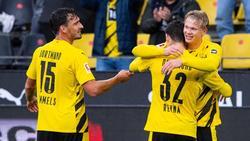 Gio Reyna (M.) vom BVB legte als erster 17-Jähriger drei Tore in einem Bundesliga-Spiel auf