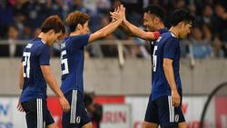 Die Japaner feiern den Sieg gegen Uruguay