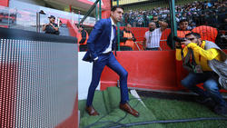 Diego Alonso deja el banquillo de los Rayados.