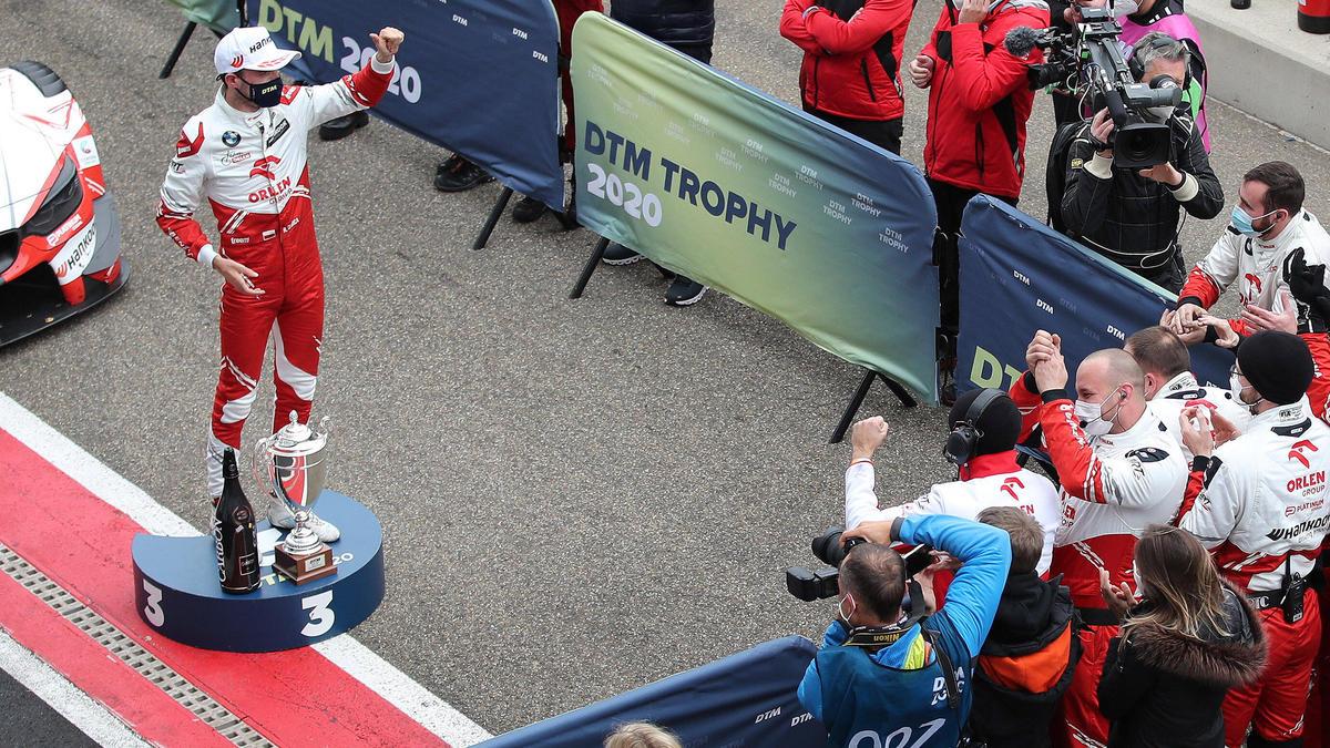 Robert Kubica krönt eine schwierige DTM-Saison mit dem Podium in Zolder