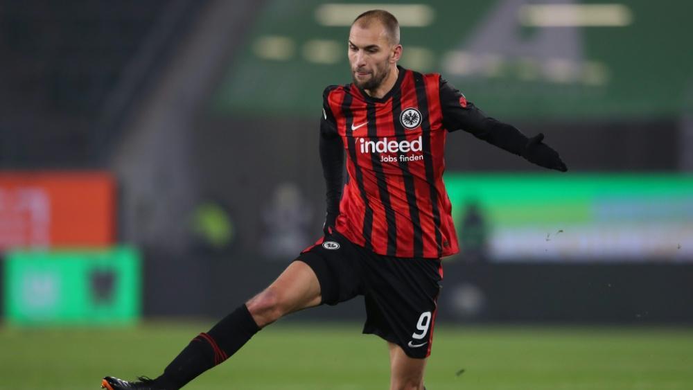 Offiziell: Bas Dost wechselt von Frankfurt zu Club Brügge